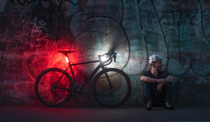 seattle e-bike - knog cobber