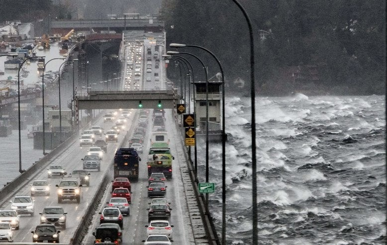 Seattle Times Bad Weather I90