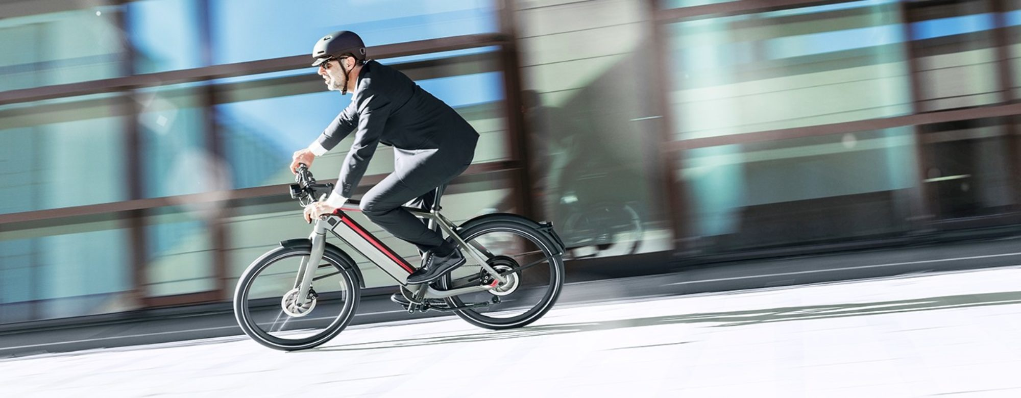 AN E-BIKE IS THE PERFECT WAY TO COPE WITH THE CORONA VIRUS