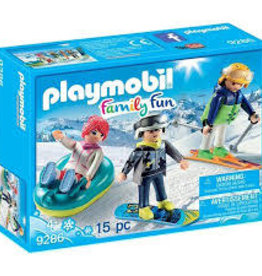 Winter Sports Trio playmobil-sled, snowboard, skier