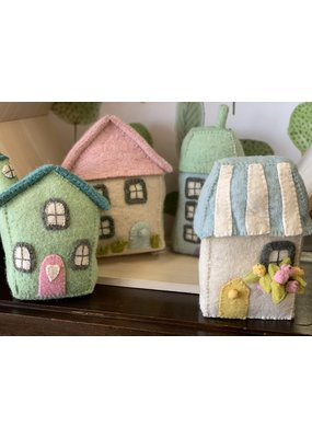Fiona Walker Set of 4 Felt Houses