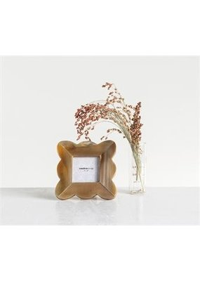 Creative Co-op Square Resin Photo Frame w/Scalloped Edge