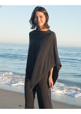 Barefoot Dreams Barefoot Cozychic Ultra Lite Poncho Carbon
