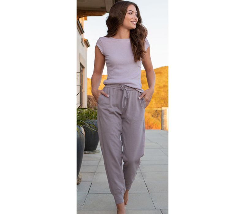 Barefoot Dreams Malibu Collection Brushed Jersey Jogger in Beach Rock