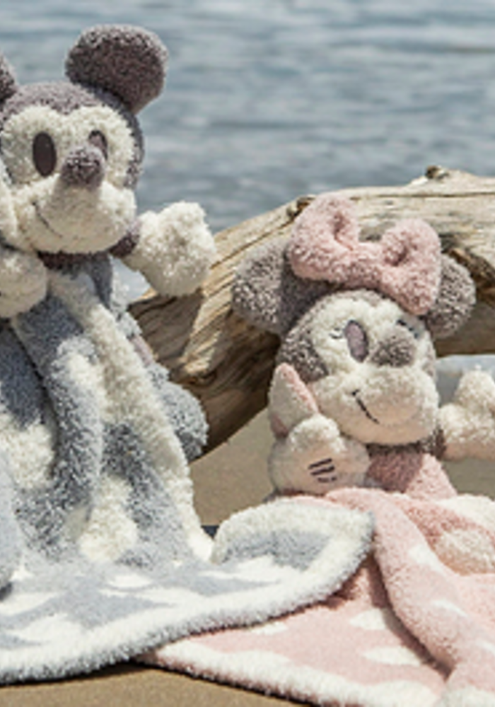Barefoot Dreams CozyChic Vintage Mickey Mouse Buddie Blanket in Ocean/Multi
