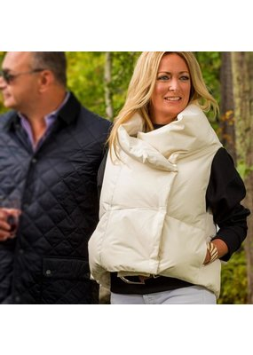 Pretty Rugged PR Puffer Vest in White