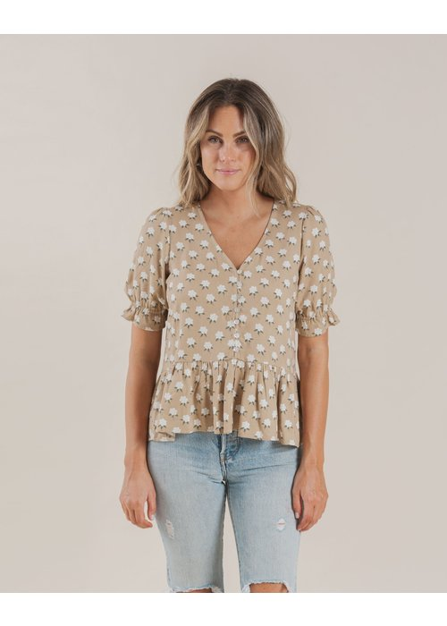 Rylee & Cru R+C Womens White Flora Maddy Blouse in Almond