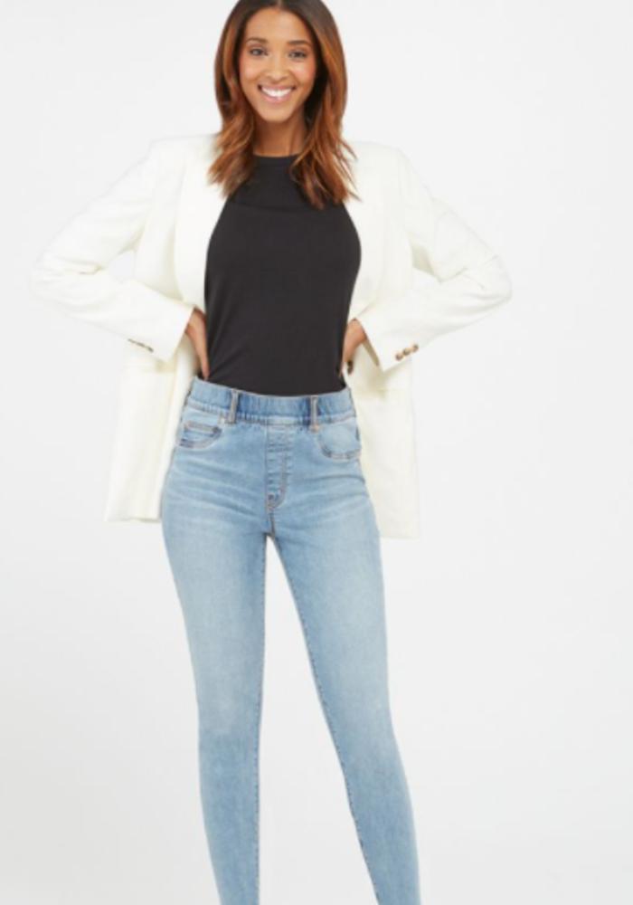 SPX Skinny Jean in Light Vintage Wash