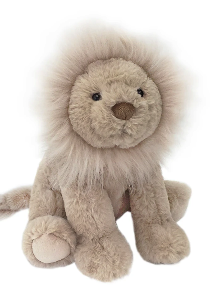Luca Cuddle Lion