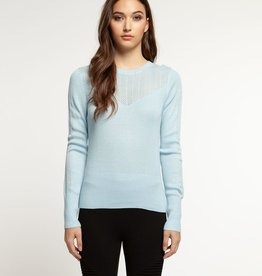 LONG SLEEVE SCOOP NECK SWEATER