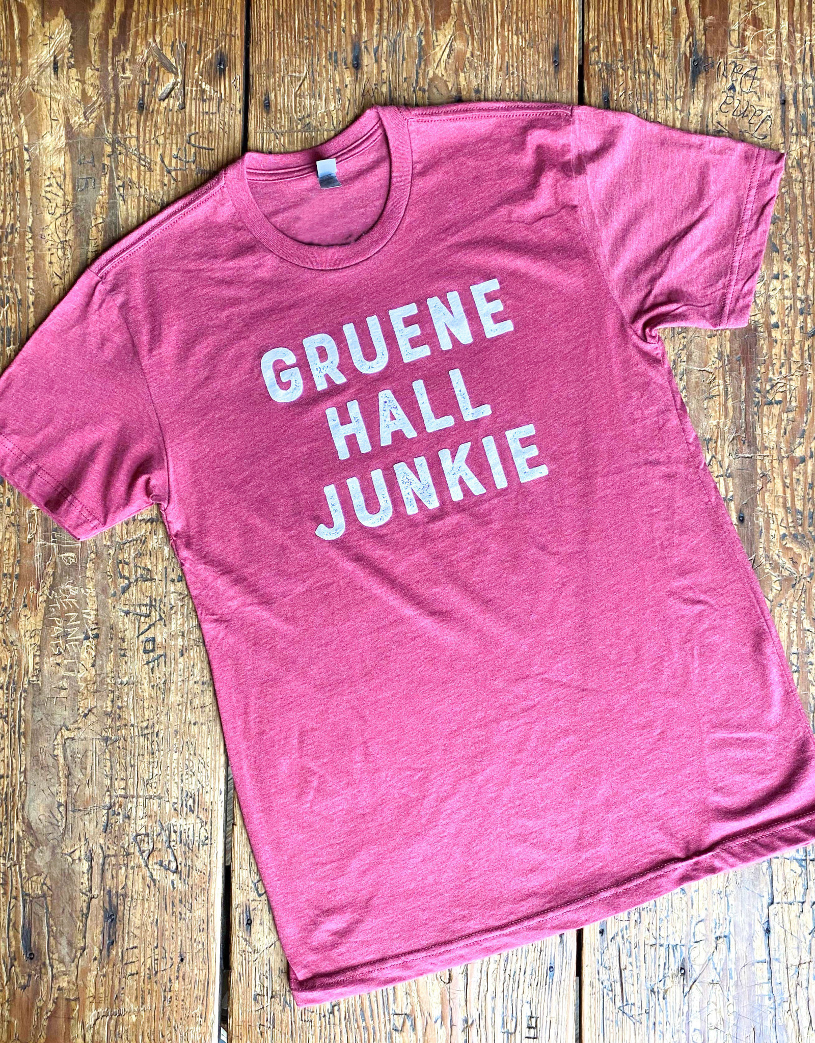 Gruene Hall Junkie Tee Cardinal
