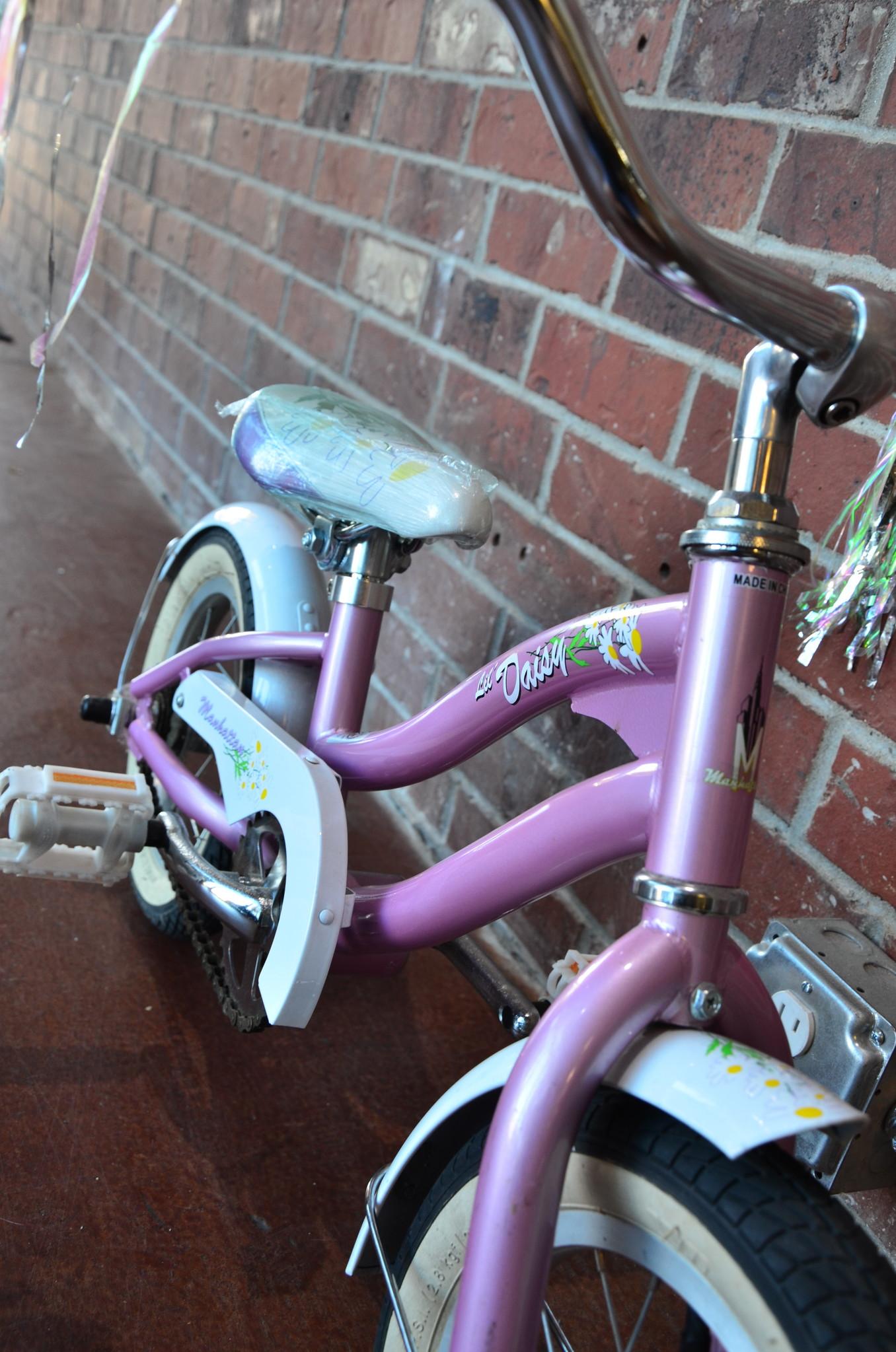 Manhattan Bicycles KHS LIL DAISY 12