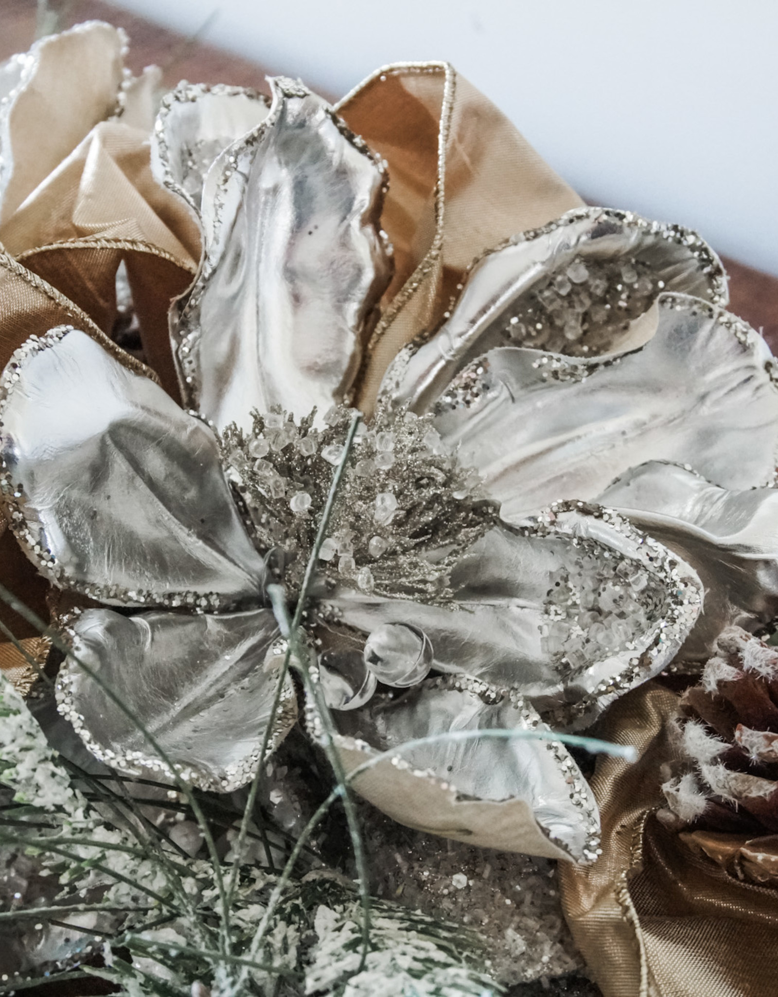 DIY Jennifers Christmas Centerpiece