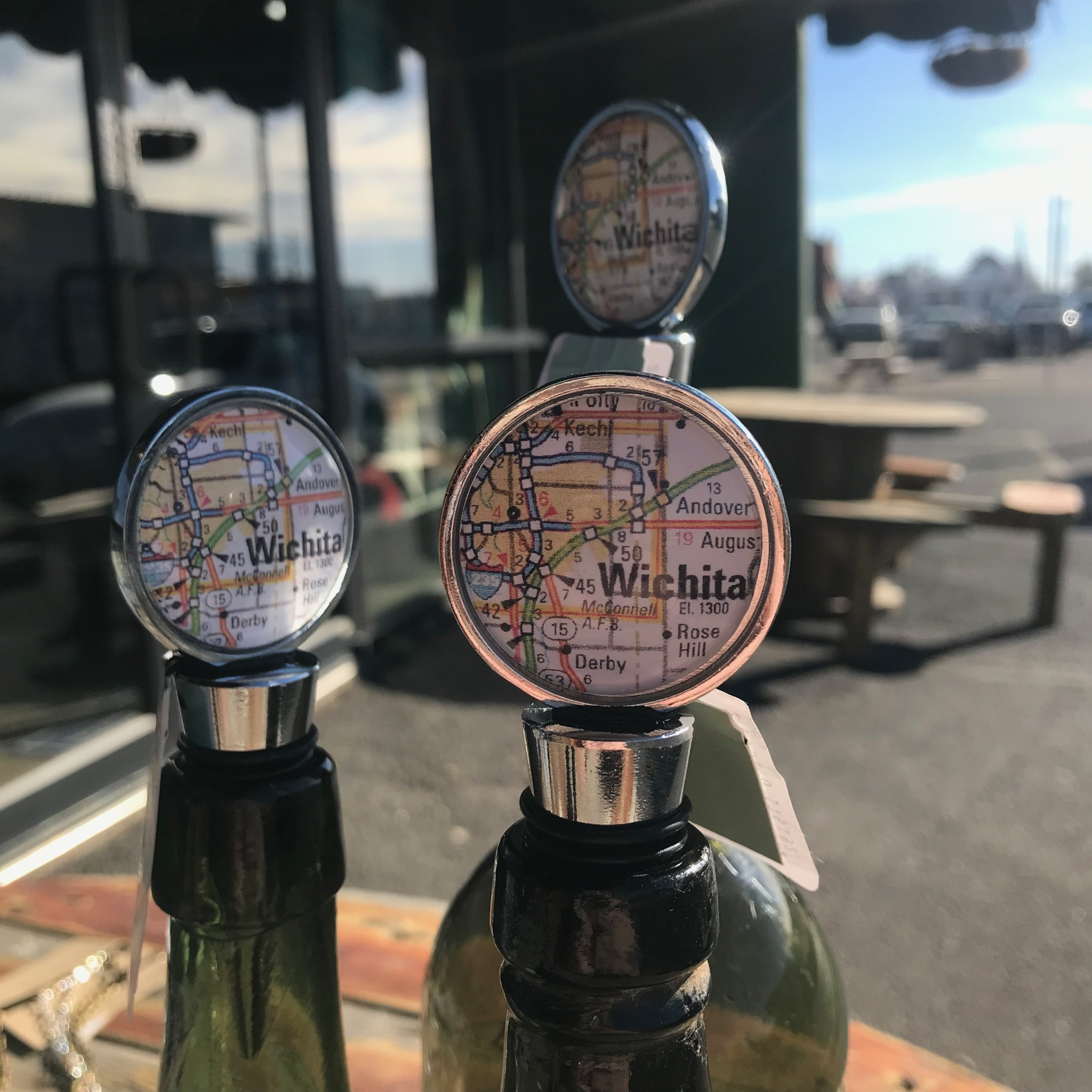 Julio Designs Map Wine Stopper