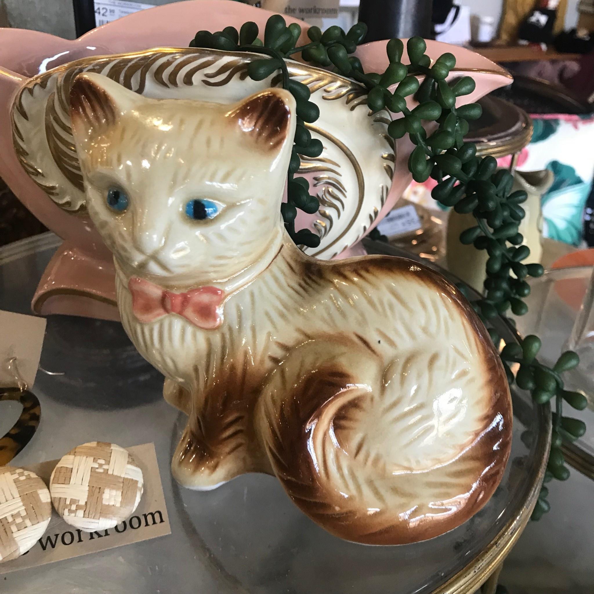 Vintage Vintage Cat Statue