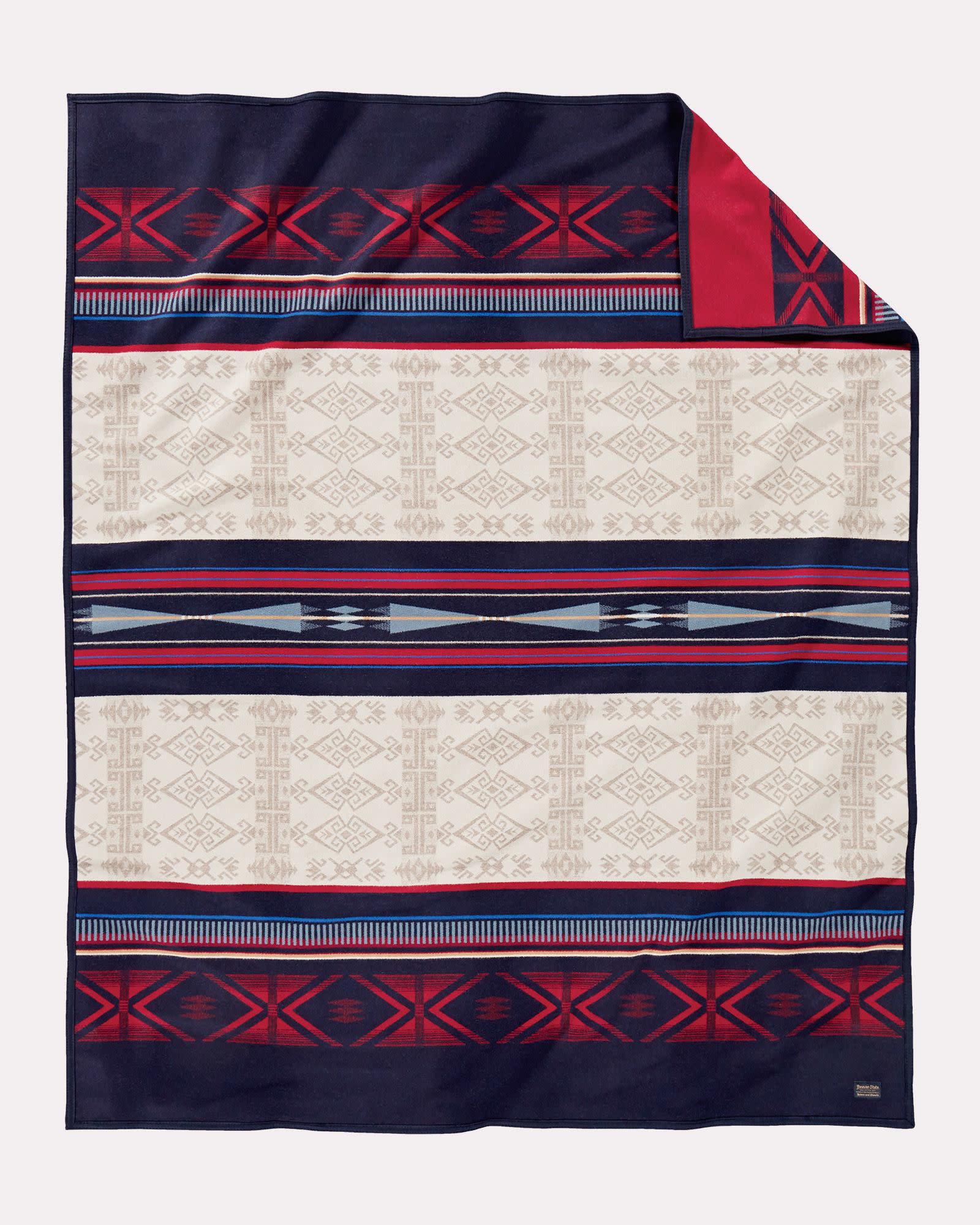 Pendleton Unnapped Jacquard Blanket Robe Bighorn Multi
