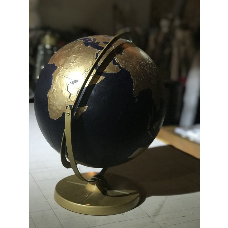 fromvictoryroad Globes