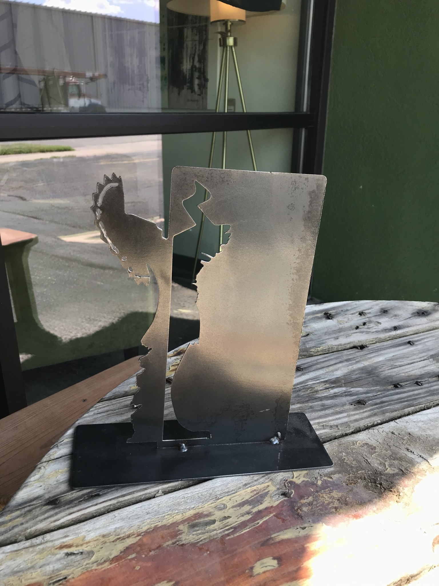 Dark Horse Garage Metal Keeper Cut-out