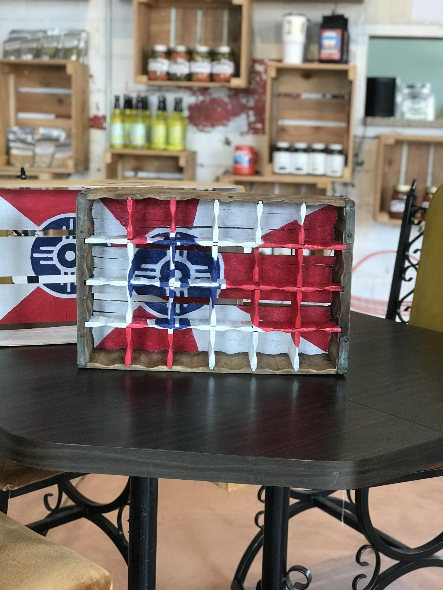 Creative Old Souls ICT Soda Crate Shelf- Vintage Exterior