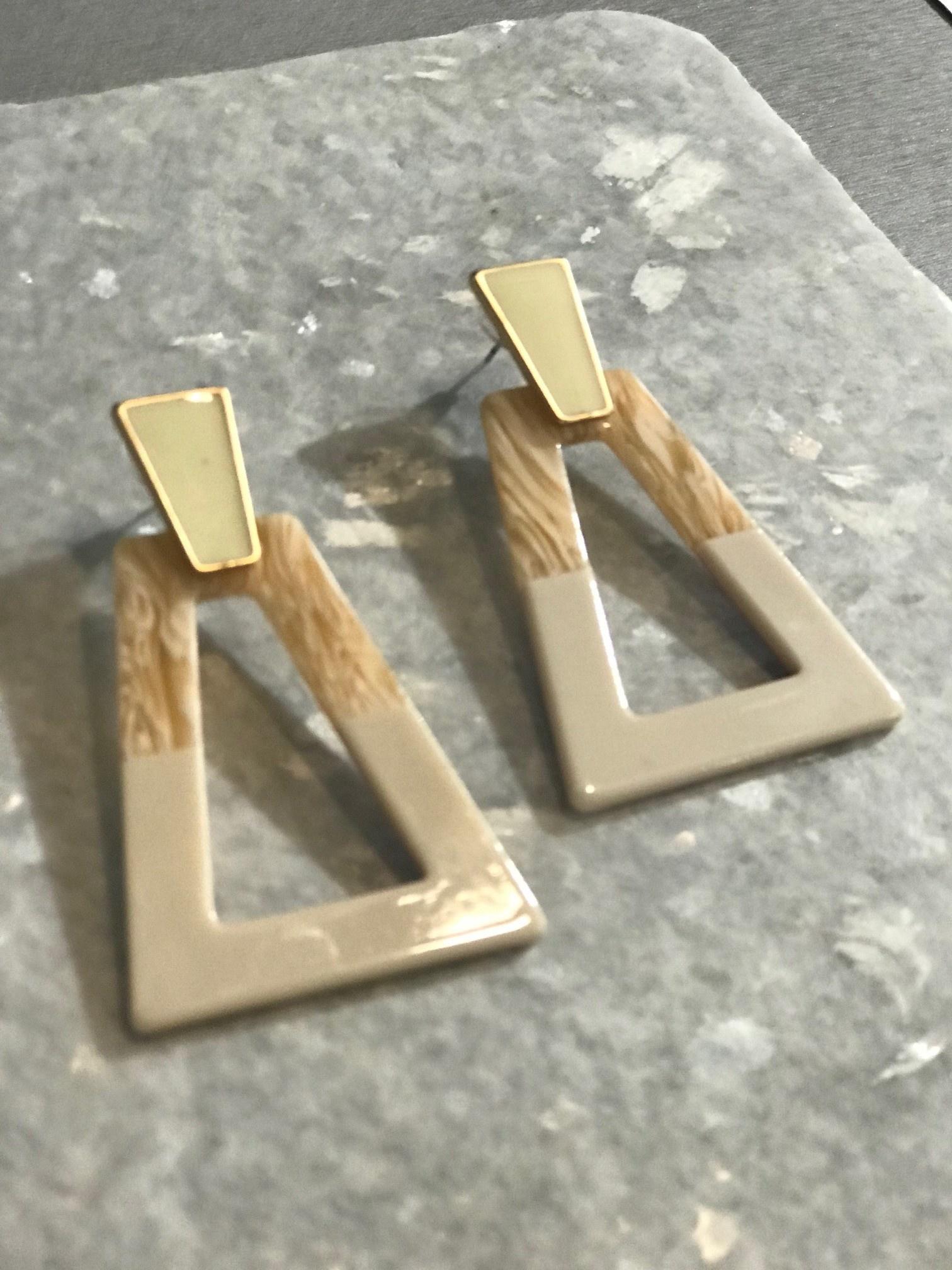 The Workroom Fashion Two-Tone Ivory Traingle Drop Earrings