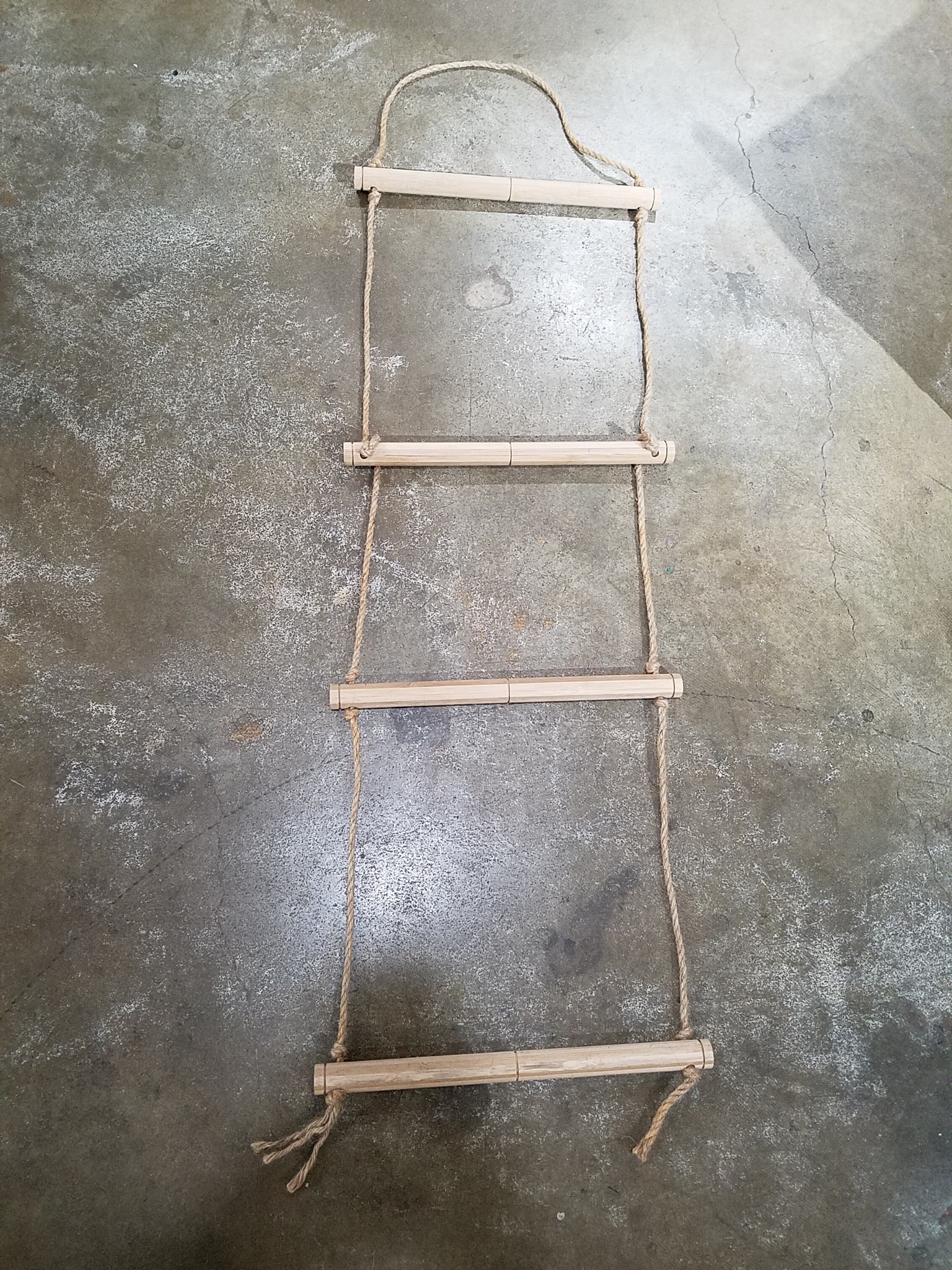 Hanging Wood and Rope Display Ladder