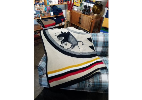 Pendleton Legendary Collection Jaq Robe Buffalo Nation