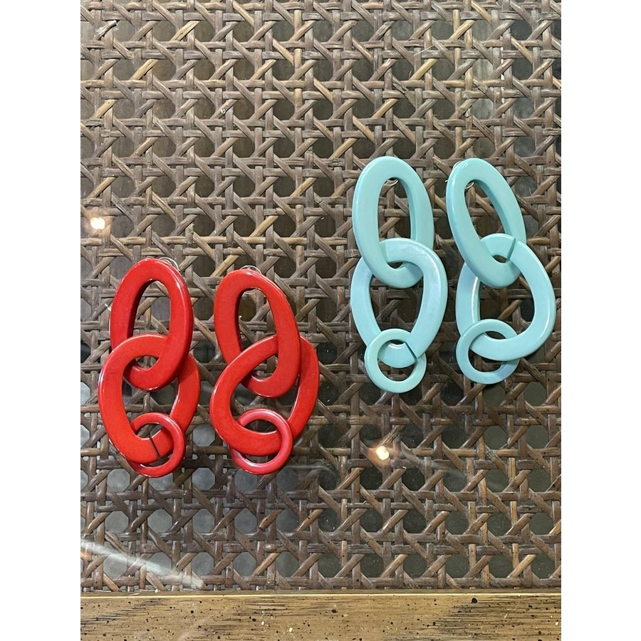 Fashion Find Red Link Earrings