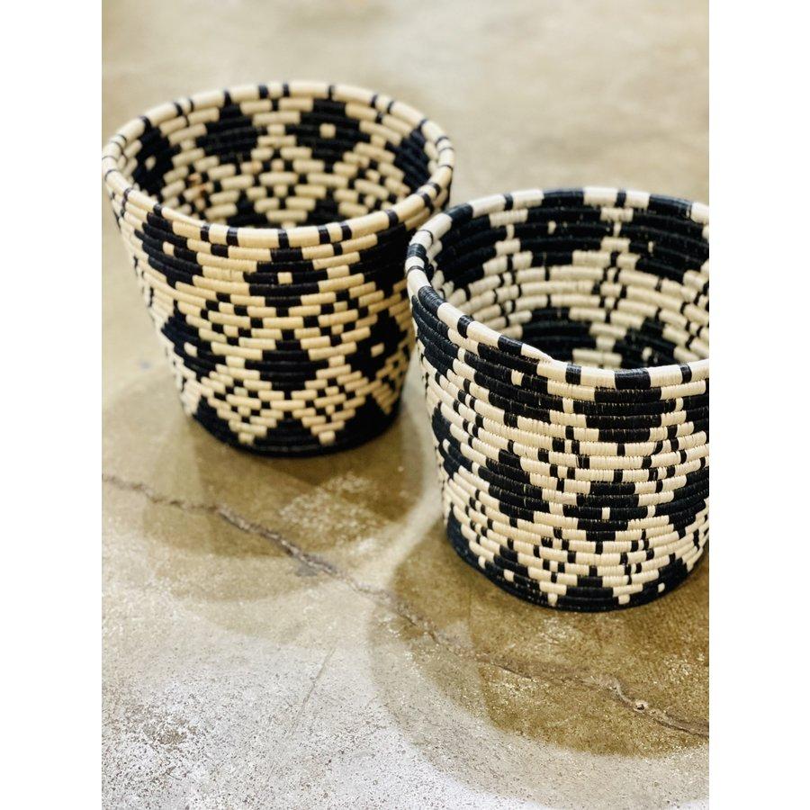 """Handwoven Fiber 10"""" Basket Black & Natural"""