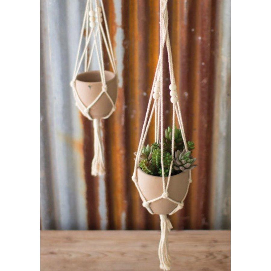 Macrame Hanger with Sm Clay Pot