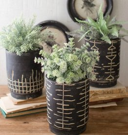 Kalalou Black and White Clay Planters