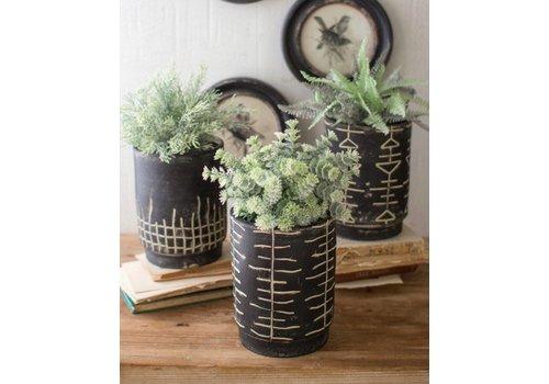 Kalalou Black and White Clay Planters