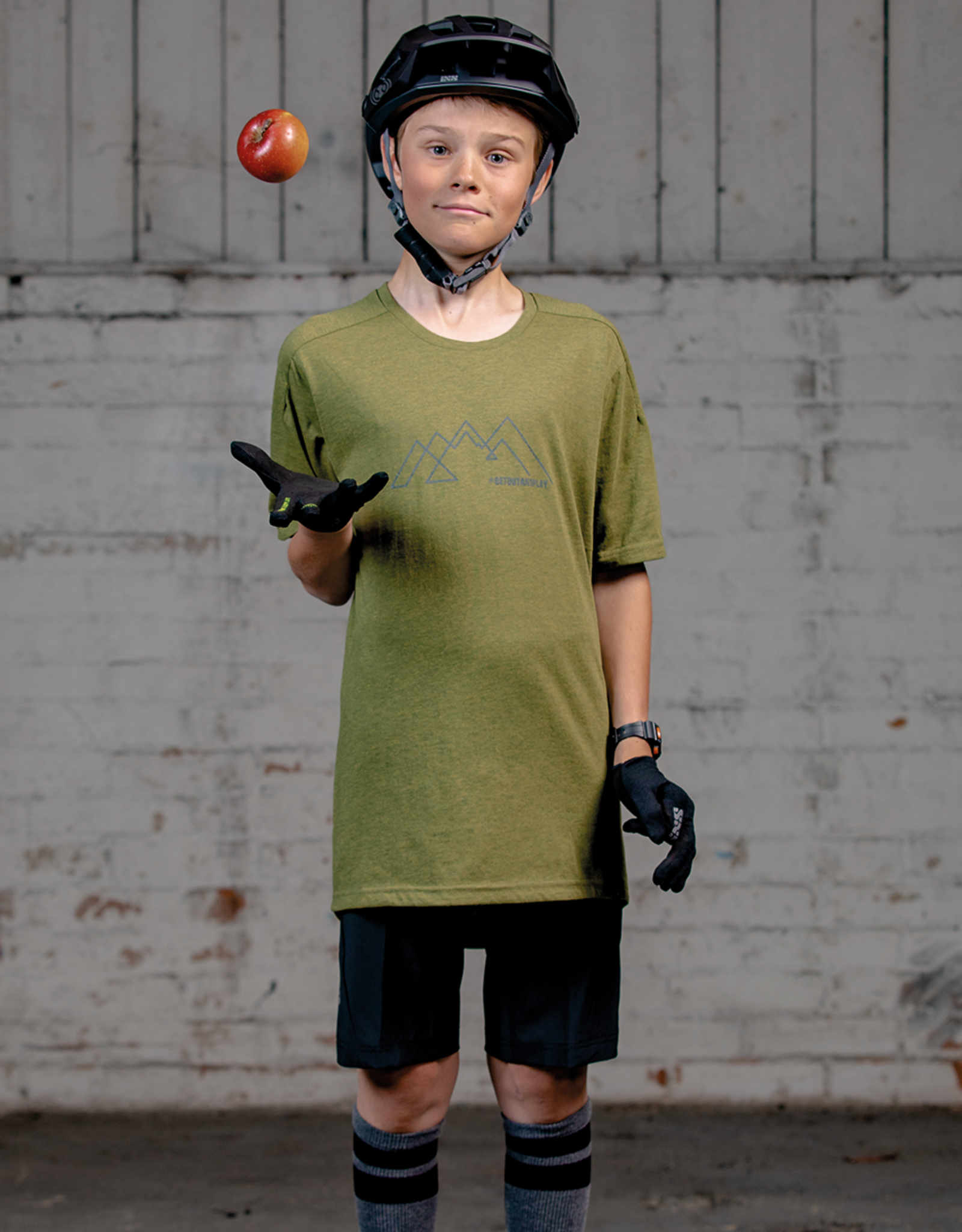 IXS IXS GET OUT AND PLAY FLOW YOUTH TECH TEE - Olive