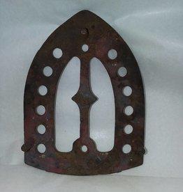 "Iron Rest , cast iron, w/3 feet, 6.25"", c.1910"