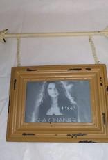 Wall Photo Holder