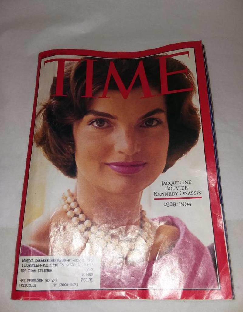 Time Magazine w/Jackie Kennedy Onassis, 1964
