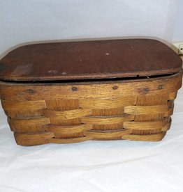 "Oak Basket w/wooden lid, 8x5x4"", E.1900's"