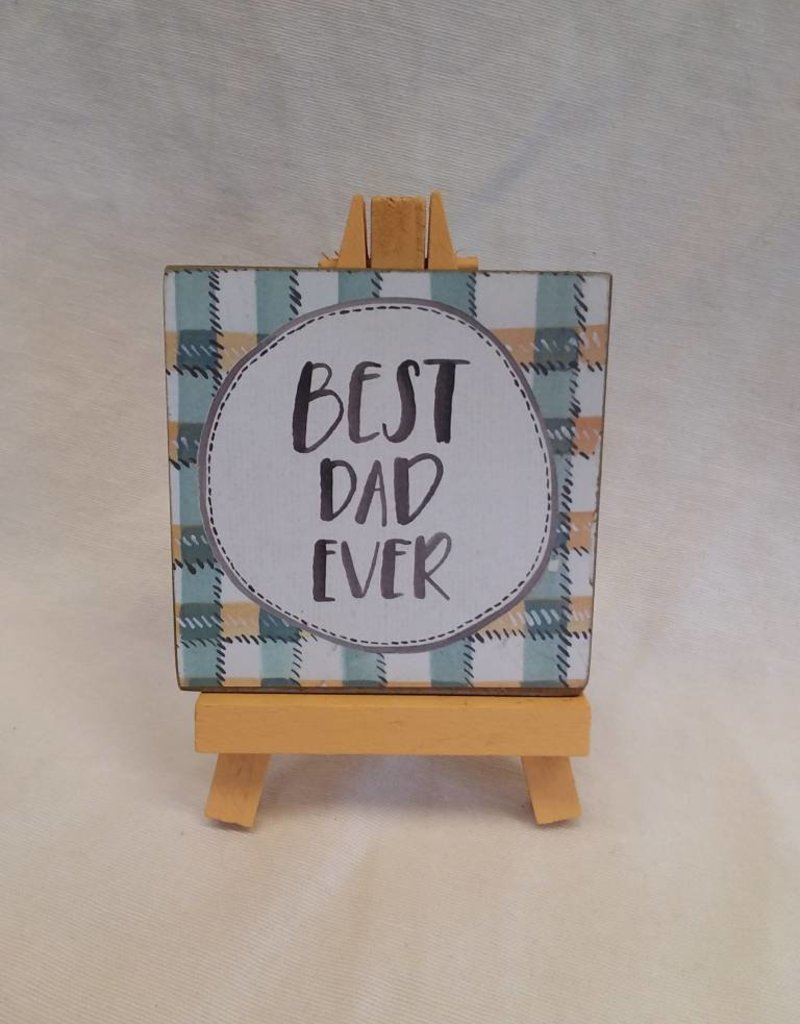 Best Dad Ever Easel Art (Plaid)