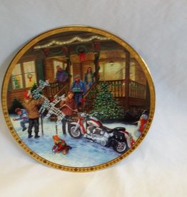 """Deck The Harley"" Collector's Plate, 8.5"", 2002"