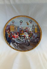 """""""H-D"""" Holiday Parade Collector's Plate, 8.5"""", 2003"""