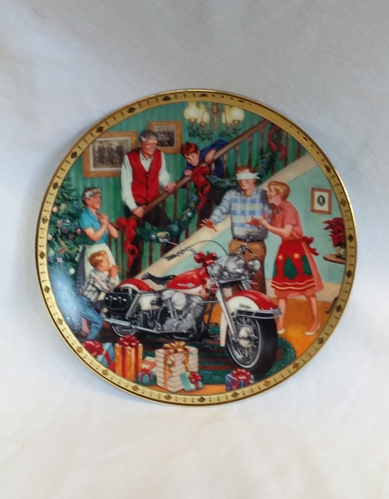 """Electra Glide Surprise"" Collector's Plate, 8.5"", 1999"