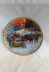 """Late Arrival"" Collectible Plate, 8.5"", 1995"