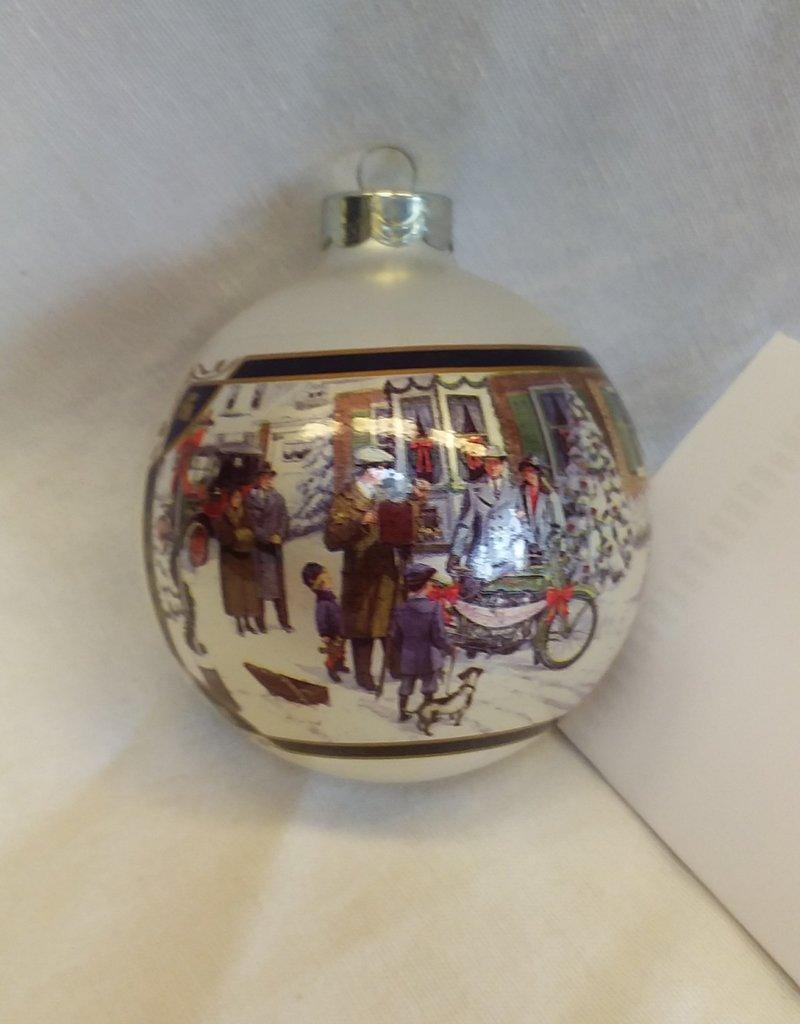 """Family Portrait"" Harley Davidson Christmas Ornament, 1998"