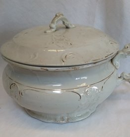 "Porcelain Chamber Pot w/Lid, 10"", E.1900's"