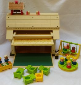 Vintage Fisher Price Schoolhouse # 923, 1971