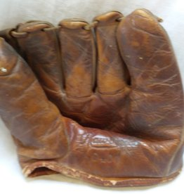 Rawlings Collectible Baseball Glove, Wally Moon Model G400,  1950's-60's
