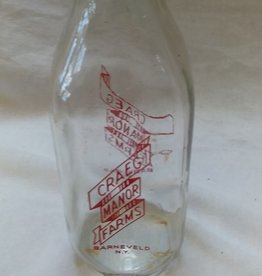 Craeg Manor Farms Pyro Milk Bottle, 1 Qt., 1975