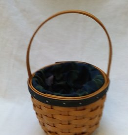 "Renewal Basket by Longaberger, 5.5""x9"", 2004"
