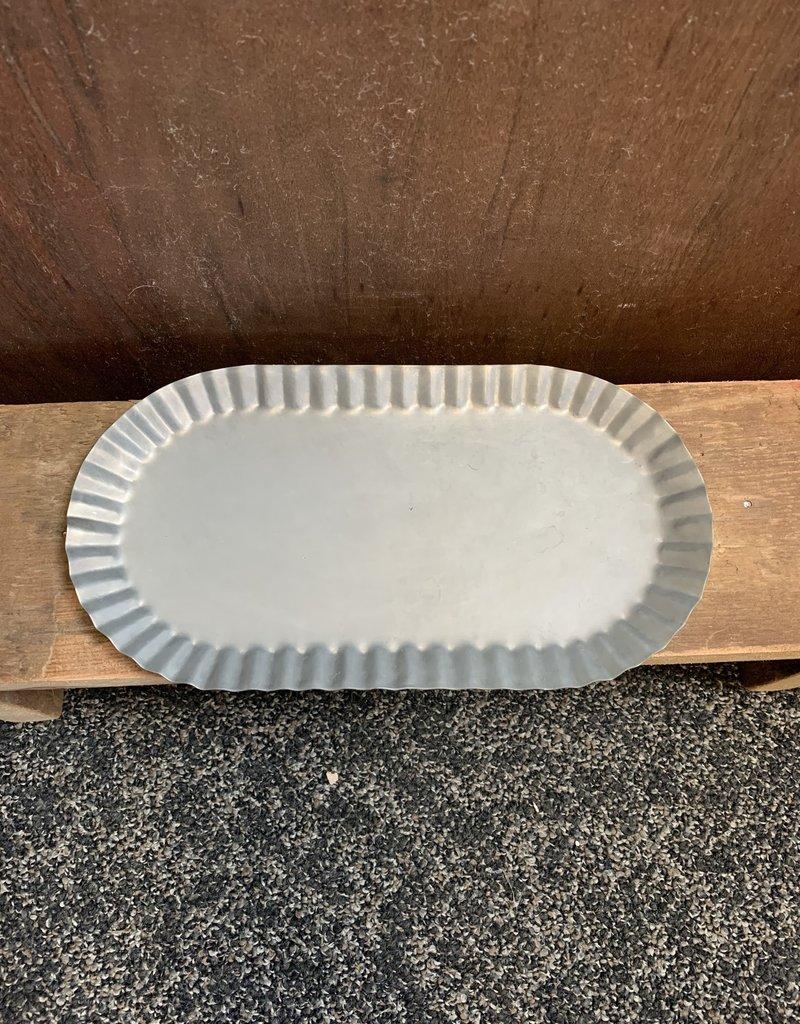 Medium Oval Tin Pan - Pewter