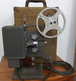 Vintage Kodascope Eight-33 8mm Movie Projector by Kodak 1933-1946 w/original case