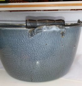 "Gray Graniteware Kettle w/Pouring Handle & Bail Handle, 15.5"", c.1930"
